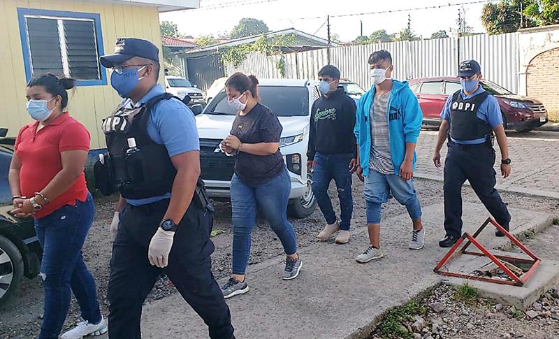 """Capturan a integrantes de banda """"El Tato"""", por tráfico de personas"""