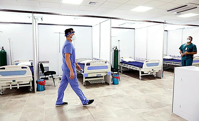 En centros de triaje aumentan casos de coronavirus y médicos piden cuidado a la población