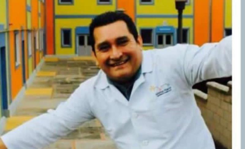 Dr. Carlos Salinas, otro héroe de primera línea que muere – EL PAIS